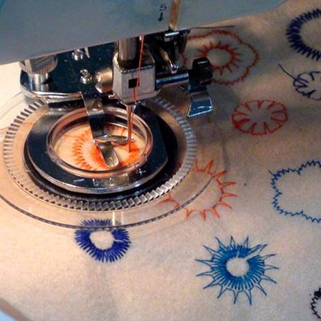 缝纫机配件压脚配件绣花家用花样圆盘绣花压脚刺绣