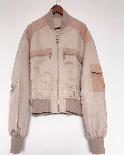 女装新款宽松小棒球服缎面短外套女小个子休闲夹克上衣女士短外套