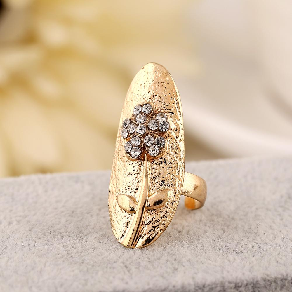 Finger ring nail ornament adjustable five petal flower nail ring female opening manicure armor set with false cover.