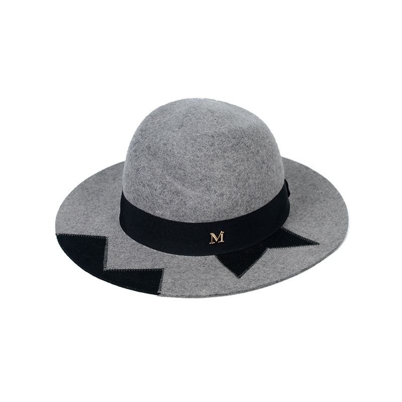 新品轻奢衣帽间样板房定制展厅衣柜软装饰毛呢格子礼帽遮阳帽陈列