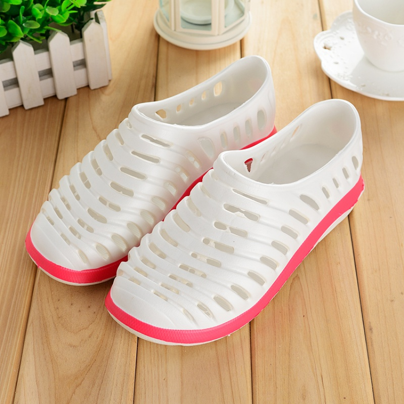 Chinese color mens slippers sandals with loop shoes have mens sets and holed heels in summer