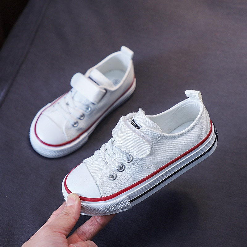 。 Girls white shoes board middle g sole 2021 cloth shoes small canvas shoes light shoes big childrens spring and autumn soft new mens shoes