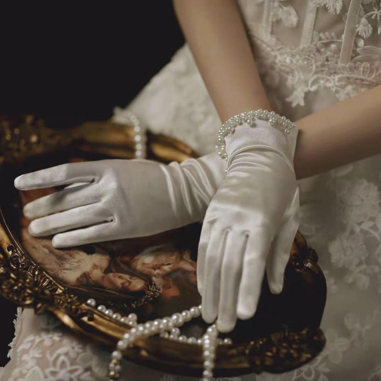 白色缎面复古新款婚庆配饰白纱森系黑色五指网纱女士新娘手套冬季