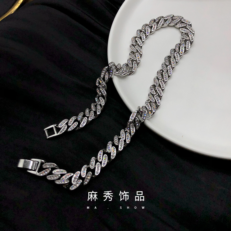 European and American retro thick chain full diamond necklace womens hip hop cool style clavicle chain womens simple temperament