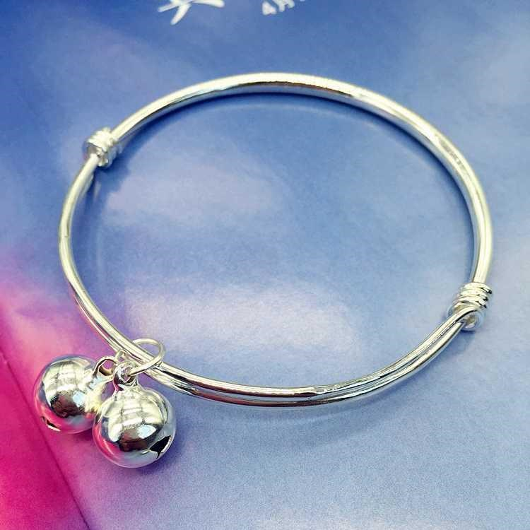 New Korean version of small fresh bell Bracelet Silver Fashion Chain girl smooth face simple versatile temperament foot.