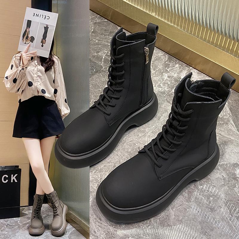 马丁靴女英伦风2021年新款厚底黑色短靴春秋单靴机车炸街瘦瘦靴子