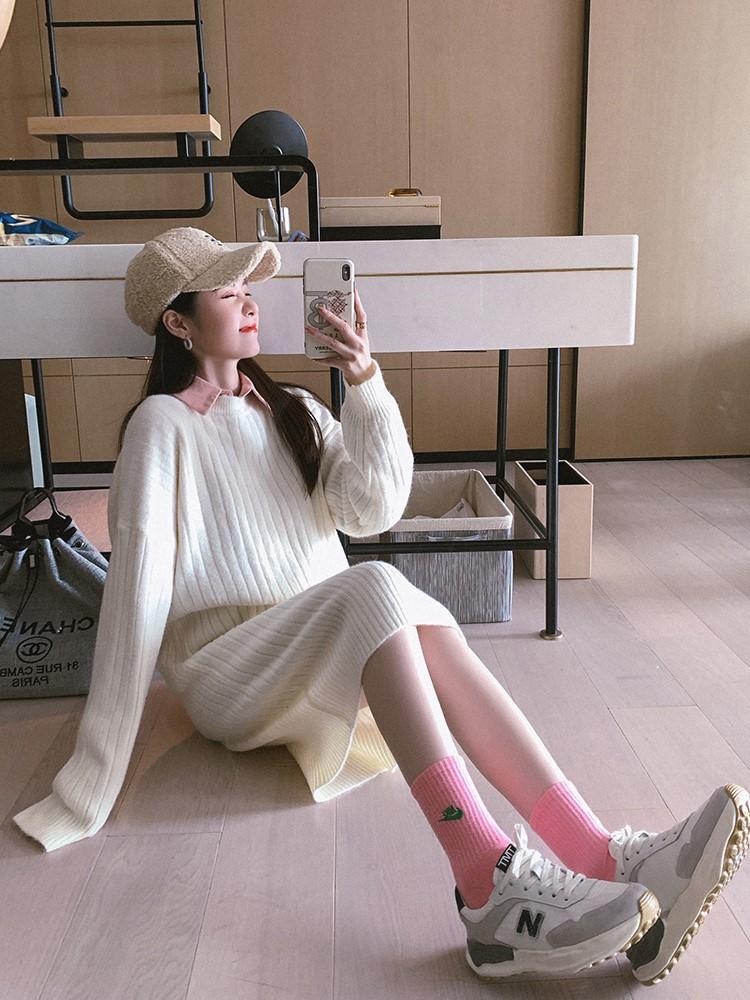 淑女气质针织连衣裙2020年新款宽松中长款秋冬过膝长袖毛衣打底裙