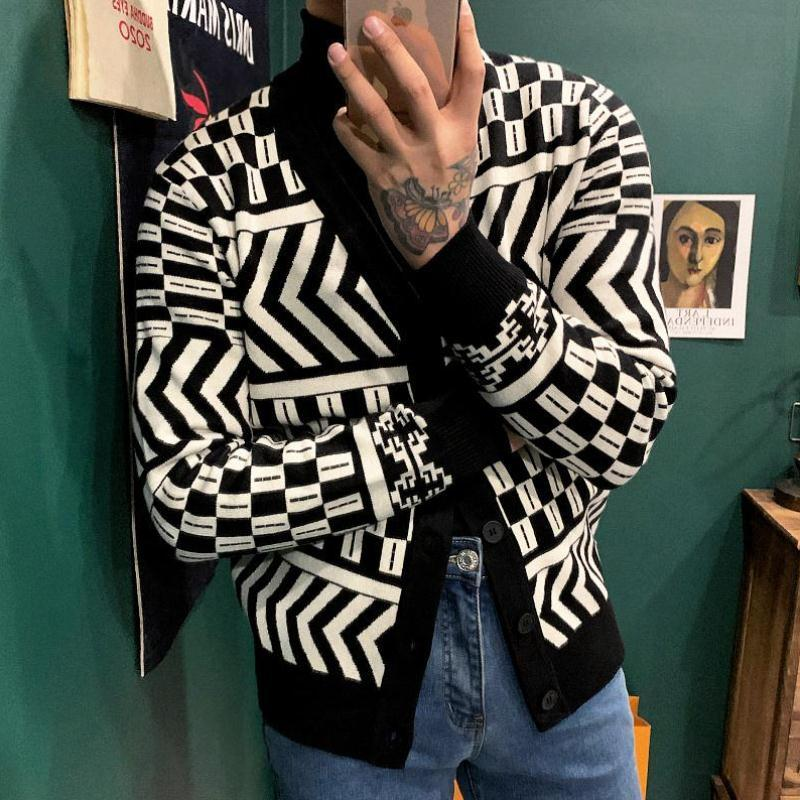 Korean simple mens slim sweater cardigan spring and autumn classic retro contrast geometric pattern V-neck knitted coat