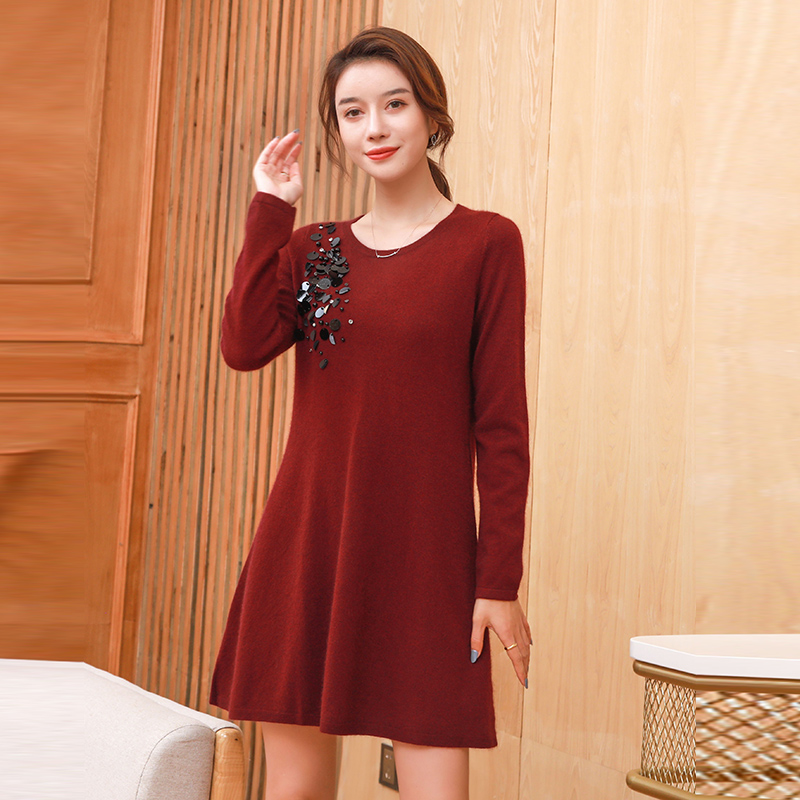 Korean dress sweater with cashmere and thickening 2020 popular womens autumn and winter foreign style new fashion medium length loose