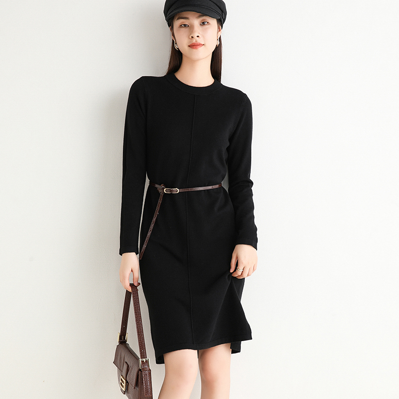 Autumn and winter 2020 medium length turtleneck sweater womens T-shirt dress over the knee loose bottomed sweater Pullover simple