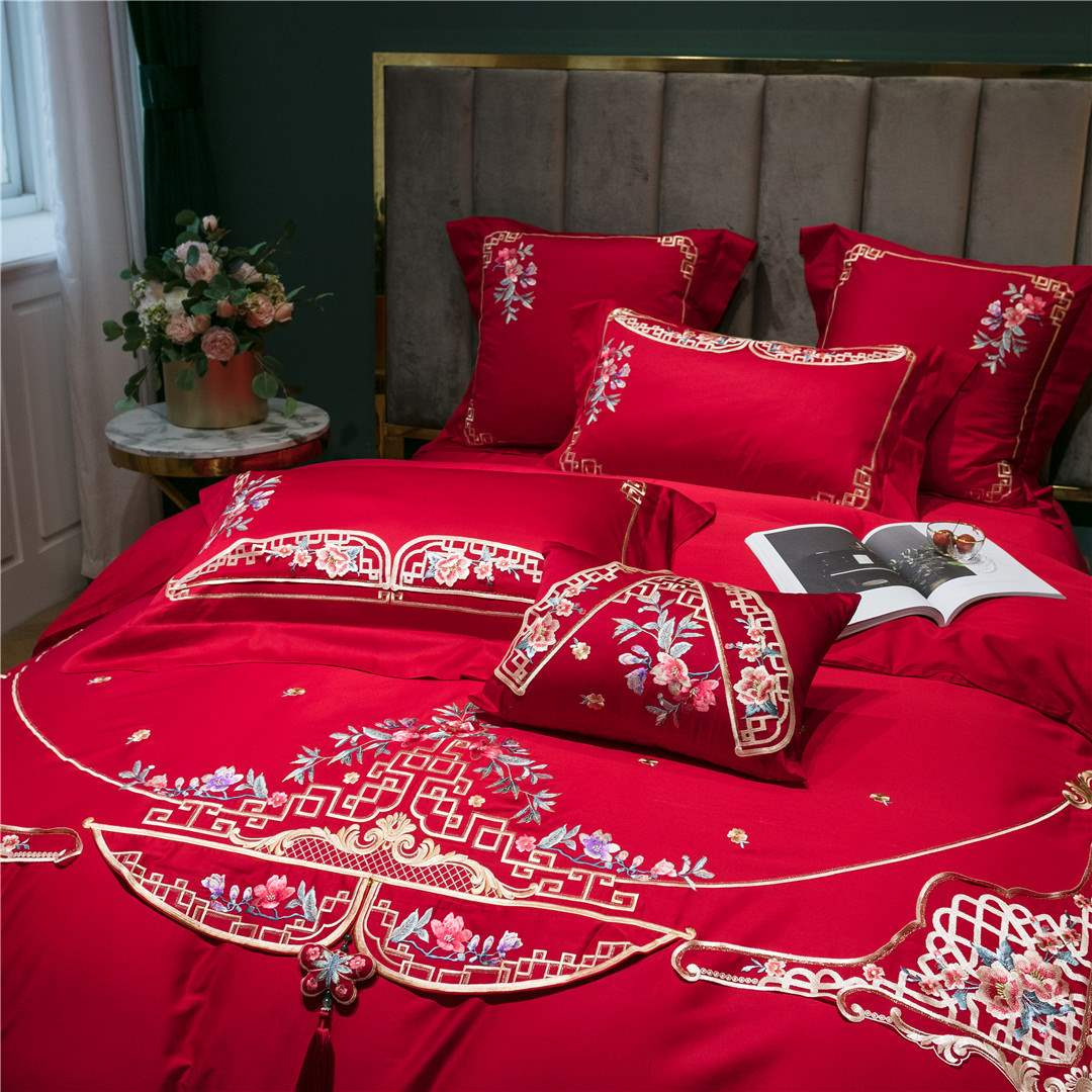 新高端の新中国風刺繍綿綿の4点セットの豪華なお供え物新婚大紅の寝具ベッド。