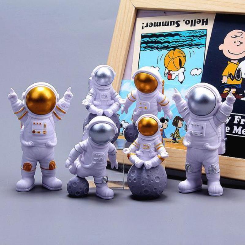 宇航员摆件可爱模型小太空人车载家居客厅桌面装饰品摆件生日礼物
