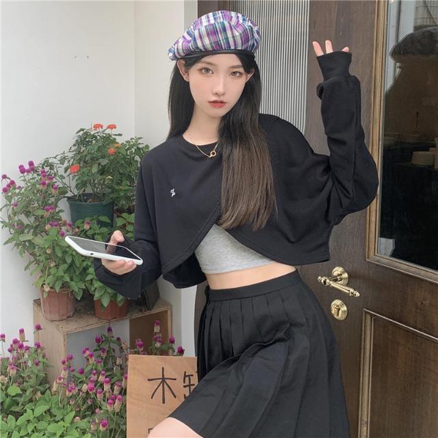 2021 new fish scale round neck irregular design sense embroidered long sleeve sweater womens careful machine low waist top fashion