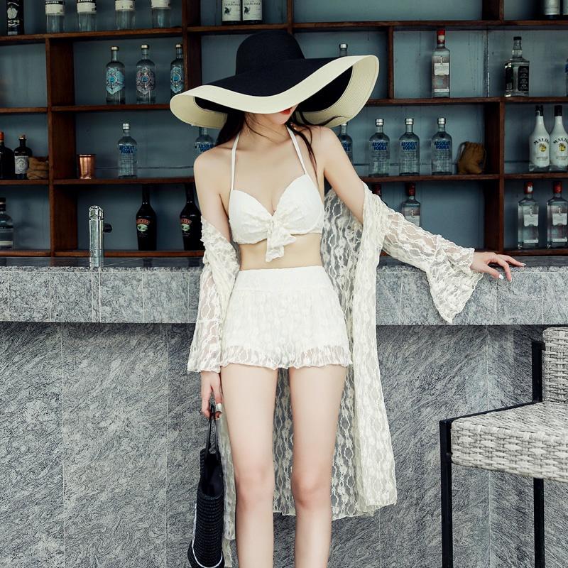 泳衣女白色分体比基尼三件套带钢托小胸聚拢韩国性感蕾丝防G晒罩