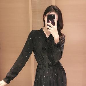 欧洲站波点印花2021新款显瘦长袖连衣裙韩版气质复古雪纺打底长裙