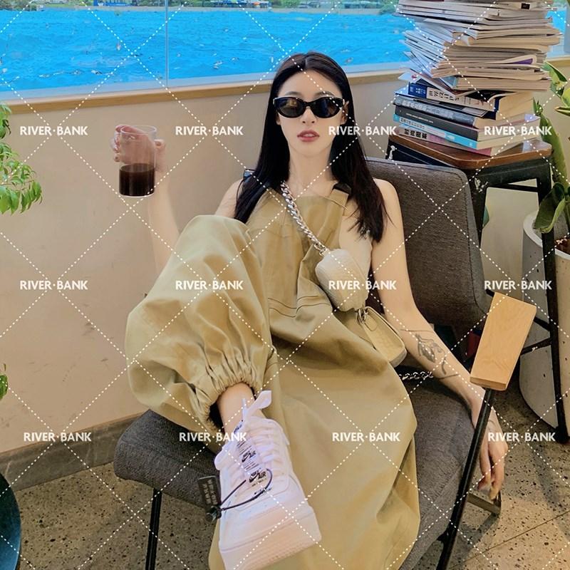 i现货河岸家买手店设计师YUICyHIYANG张馨予卡其色显瘦宽松背带裤
