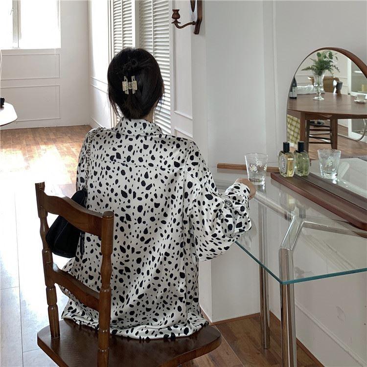 斑点衬衫女2021年新款春款时尚衬衣复古港味小众设计感+西装外。