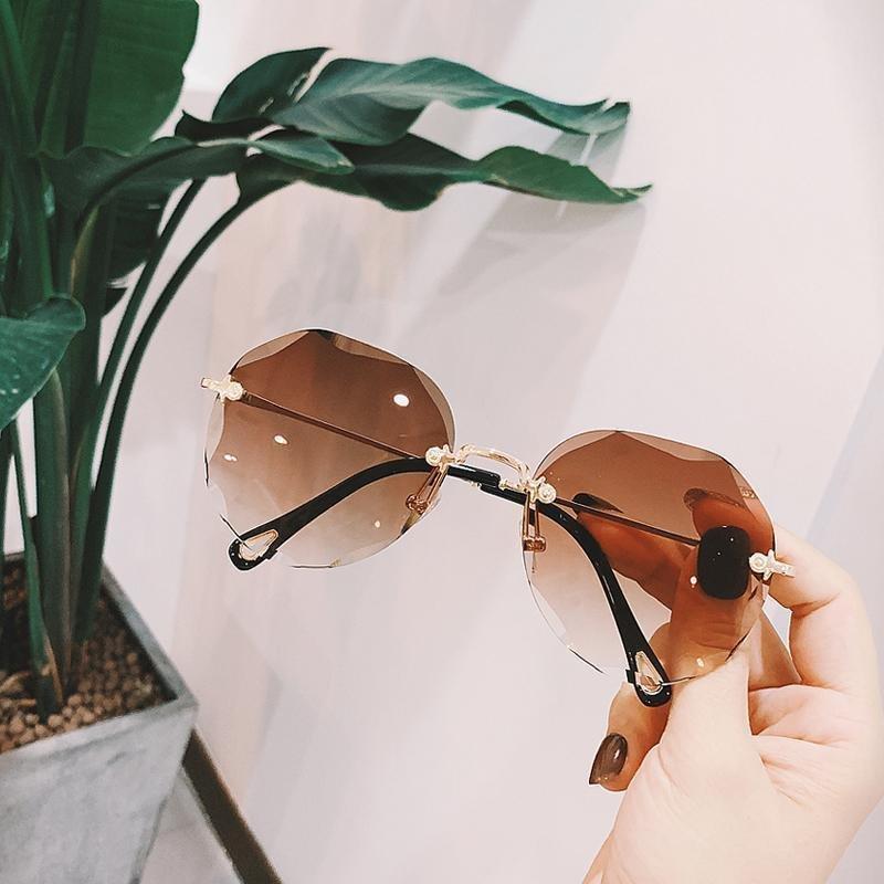 眼镜星空渐变蓝眼镜天空渐变蓝眼镜网红墨镜新款太阳眼镜装饰墨镜