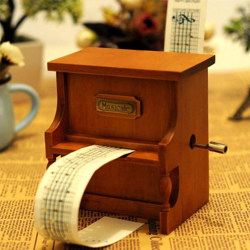 个性定制曲目亿多手摇纸带谱曲钢琴音乐盒八音盒创意生日礼物