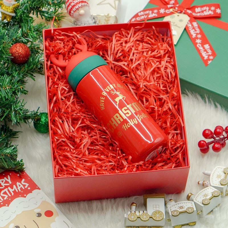 Gift box mens and womens Christmas Eve gifts Christmas socks creative practical set thermos cup