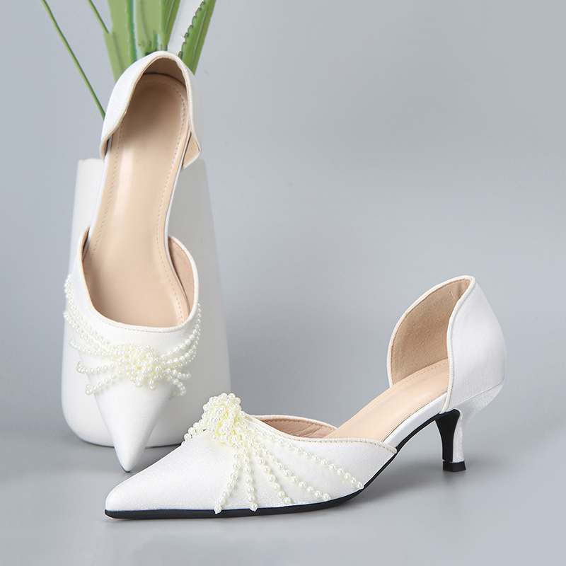Evening dress wedding temperament pearl high heeled shoes women 2021 new Beaded hollow pointed fairy shoes