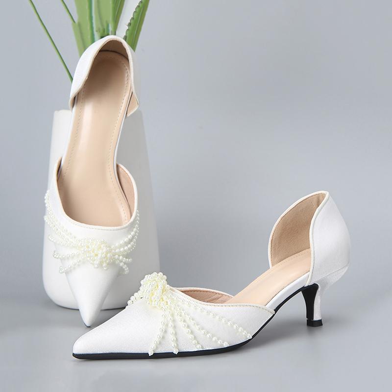 晚装婚礼气质珍珠高跟鞋女2021新款串珠中空镂空尖头仙女风单鞋子