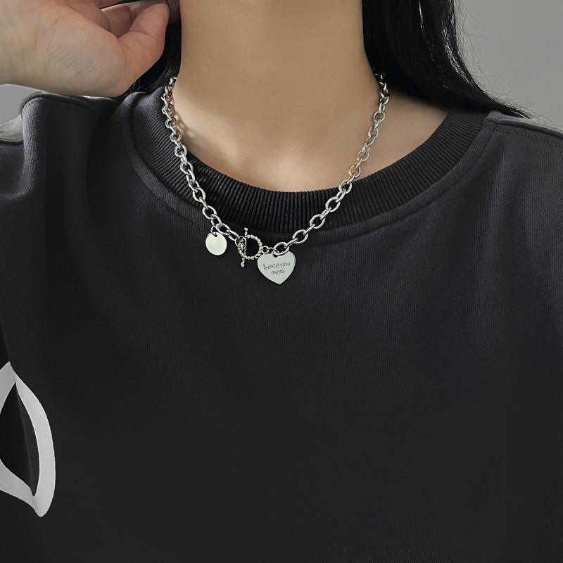 VIOHI 爱心OT扣项链女时尚个性嘻哈卫衣链钛钢字母吊坠短款锁骨链