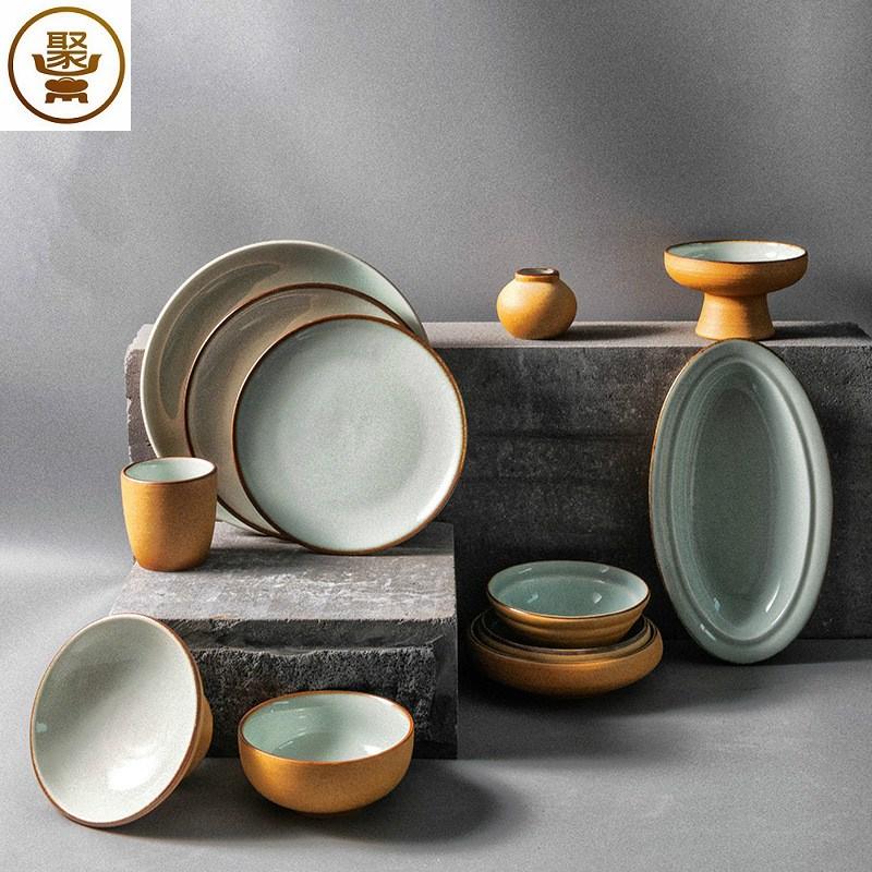 手工粗陶餐具套装复古陶瓷米饭碗面平盘碟子鱼盘家用日式食器。
