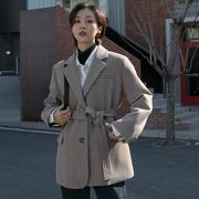 短款小个子呢子大衣腰带长袖复古休闲加厚夹棉毛呢西装外套女冬。