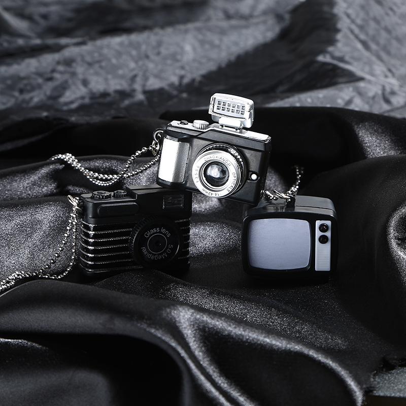 中國代購|中國批發-ibuy99|毛衣男|可发声闪光小相机项链 韩版INS嘻哈原宿风男女毛衣链长款挂件潮。
