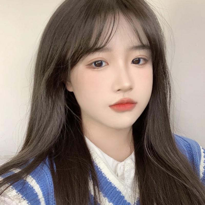 かつらの女性の長い髪の毛のまっすぐな髪の毛のネットの赤い空気の前髪の自然な丸顔のLolita Lolita内は全体のトップセットの式を掛けます