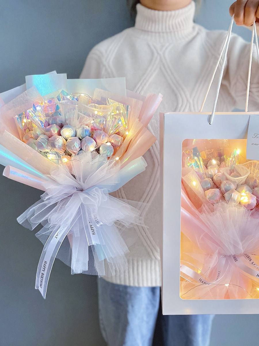 女生生日礼物送女友实用闺蜜创意18岁成年仪式感情人节花束男生