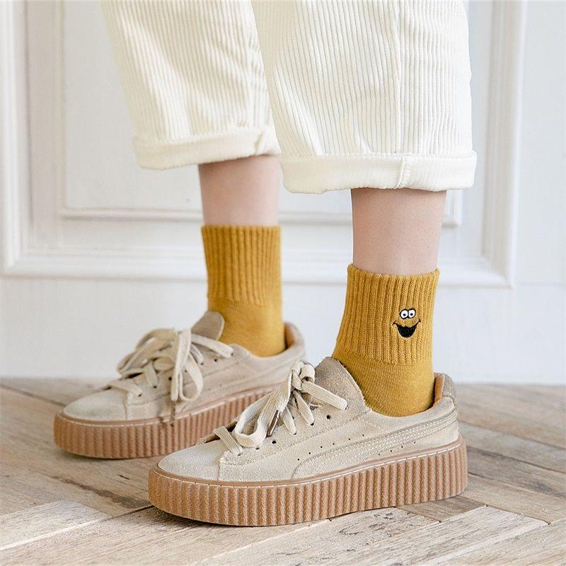袜子女中筒袜可爱日系卡通秋冬季ins潮百搭纯棉韩国学生