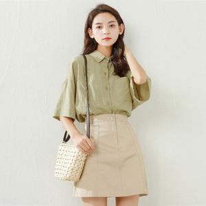 2021夏季chic复古文艺小清新宽松显瘦芥末绿半袖短袖衬衫女