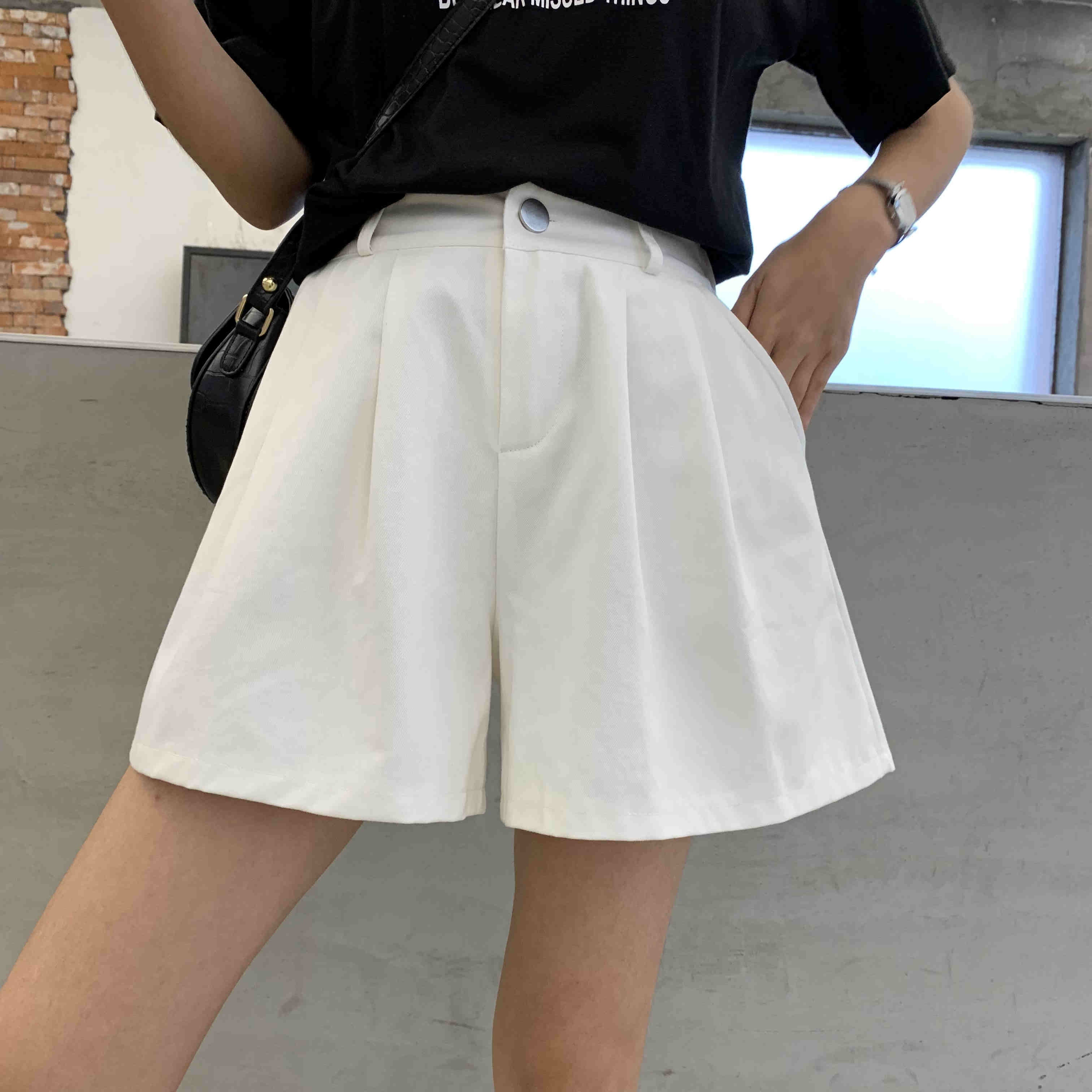 Large wide leg shorts, female fat sister high waist Korean version, suitable for pants with thick hips and thighs, loose foreign style pants