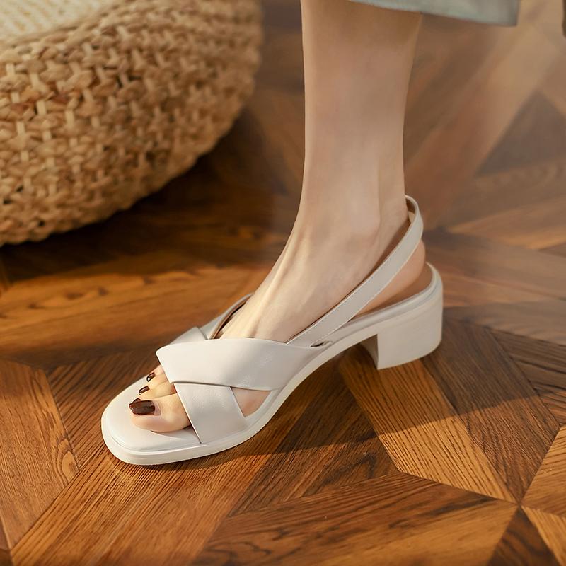 Small original juhao wear leather open toe sandals womens summer 2021 new thick heel slope heel leisure high heels