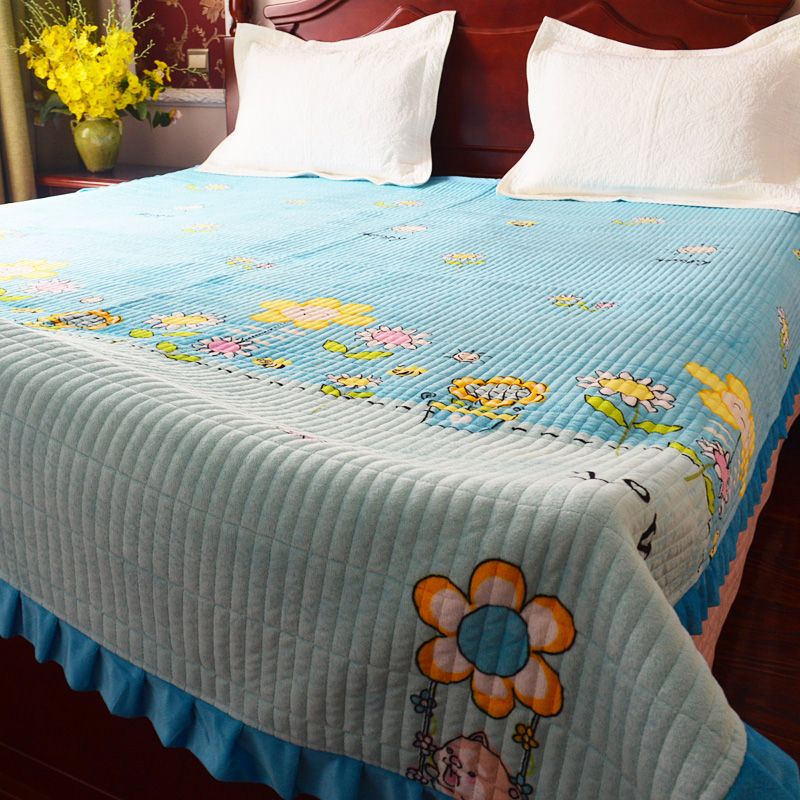 水晶の絨毯のカバー毛布のキルティングは金糸の絨毯のシーツのサンゴの絨毯の滑り止めの毛布を敷きます。
