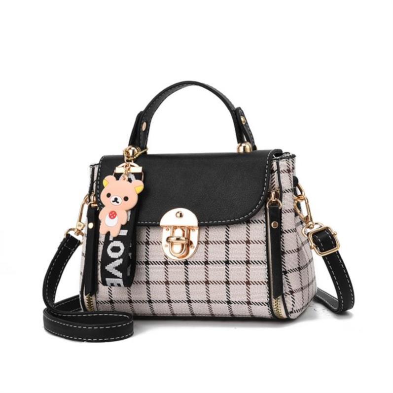 Womens Retro BAG PERSONALIZED messenger bag womens 2018 new small bag atmosphere Small Shoulder Bag Girls hand portable