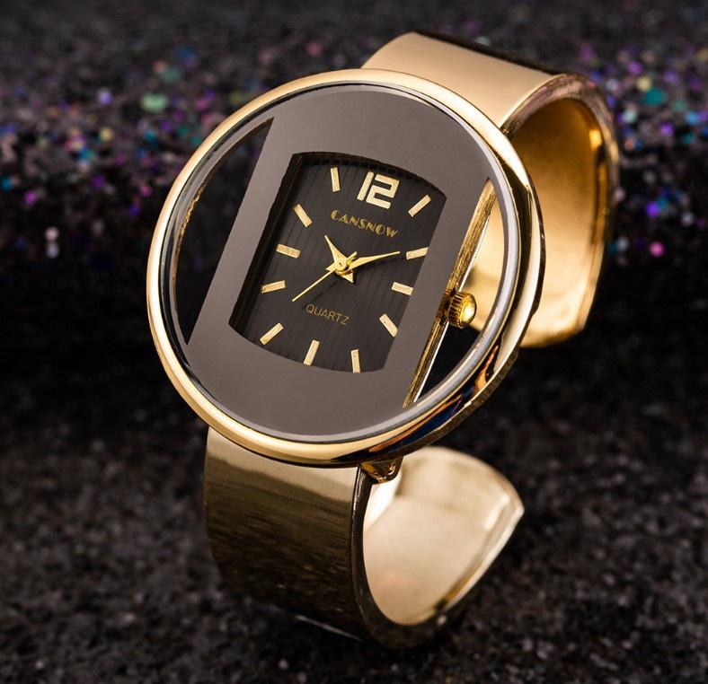 新款时尚朋克风手镯手表金属感款表带腕表钢带潮流女士个性石英表