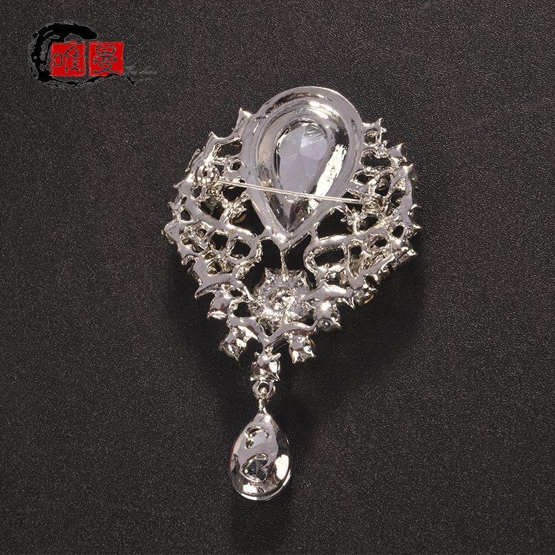 Personalized water drop Brooch water diamond crystal button pin womens sweater coat accessories Brooch gem coat fixed pin