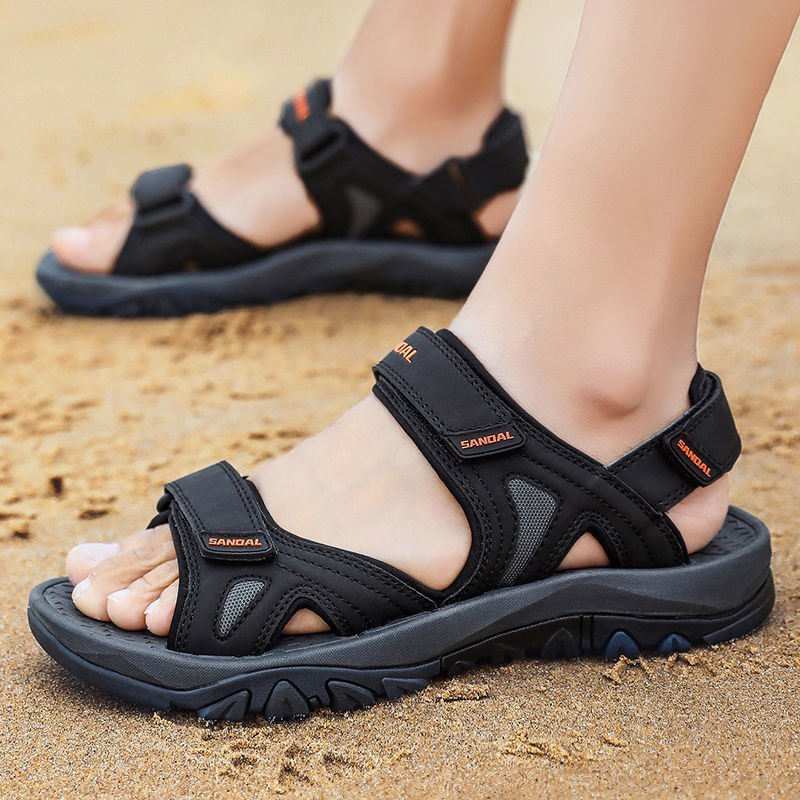 Large sandals mens summer 2020 new C mens outdoor sand r beach shoes non slip 45 mens outer slippers 46