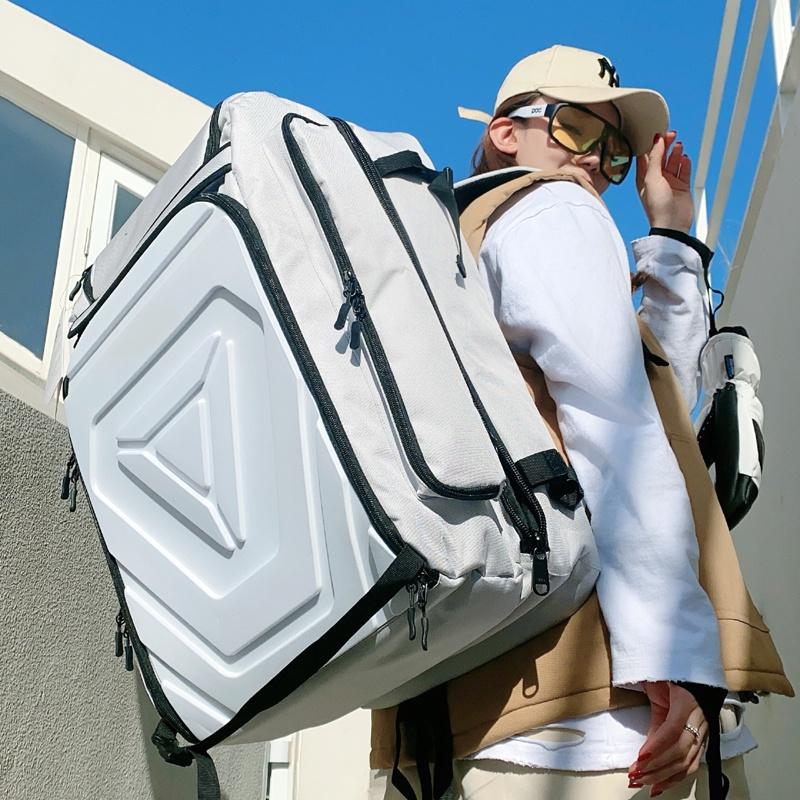 20款XXX单板滑雪背包双肩滑雪鞋包单双板包防水大容量干湿分离仓