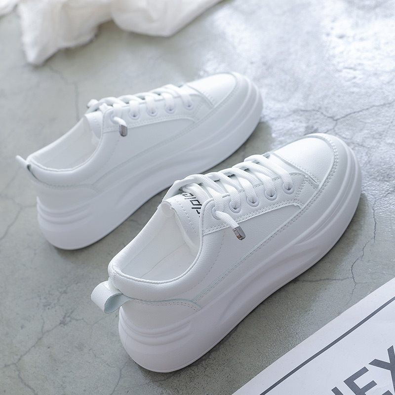 Board shoes new versatile summer fashion womens small white shoes womens spring and summer leisure board canvas womens shoes light