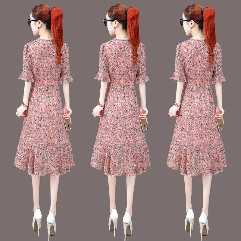 碎花雪纺连衣裙女2021年夏季新款中长款一片式荷叶边法式小众裙子