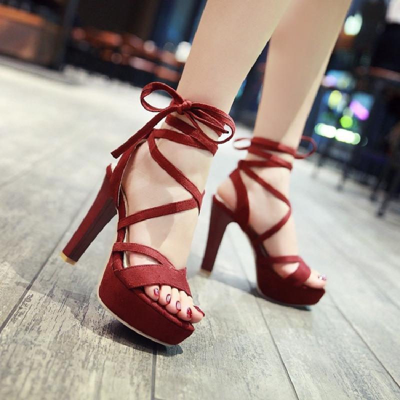 包邮2017夏季11CM粗高跟防水台系带脚踝绑带T台凉鞋女鞋子酒红鞋