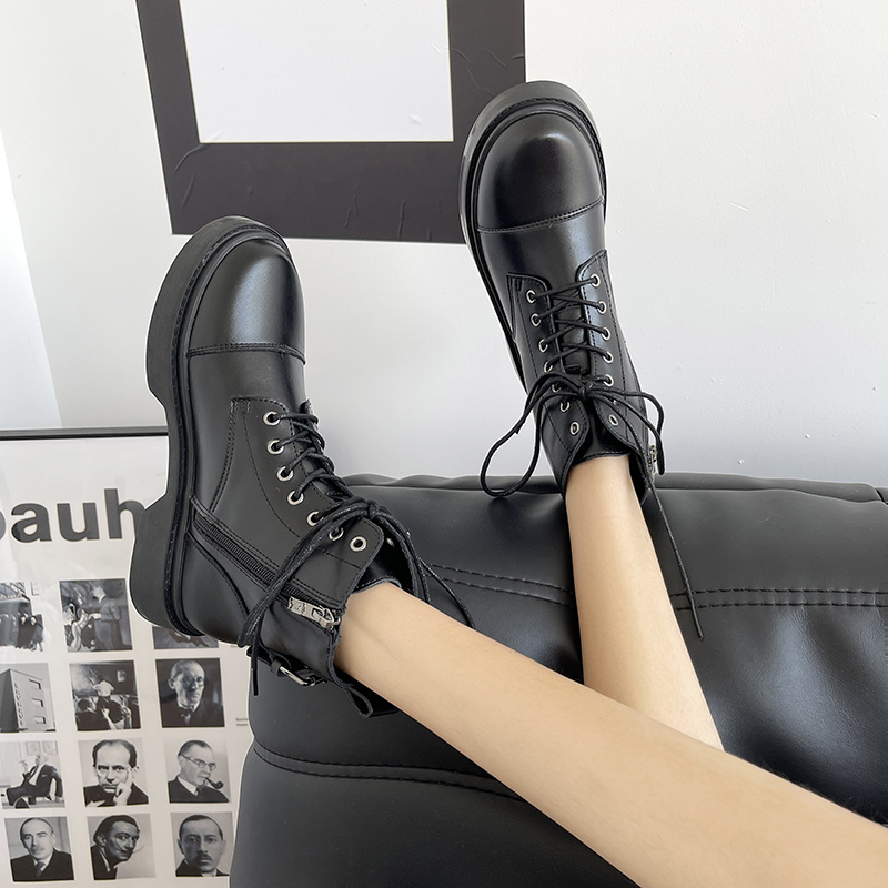 Retro style Martin boots women wear the new autumn 2021 short lace up black versatile British thick soled single boot shoes