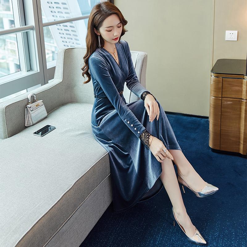 金丝绒连衣裙春秋装2020年新款女中长款轻奢名媛气质丝绒蕾丝裙子