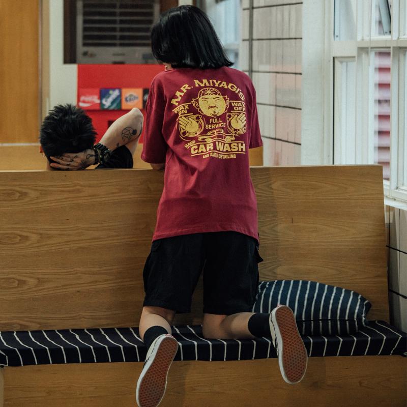 ETBABY 原创潮牌情侣款短袖纯色印花半袖男士港风T恤潮流情侣夏装券后49.00元