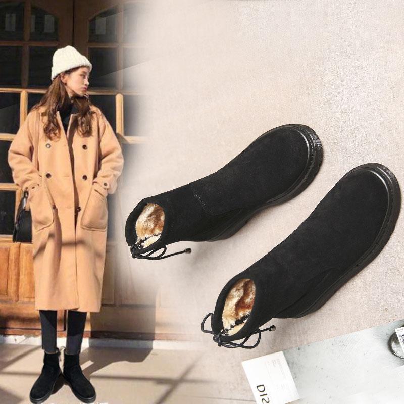 厚い底の雪の靴の女性の短い筒の綿の靴の女性の冬の保温します。