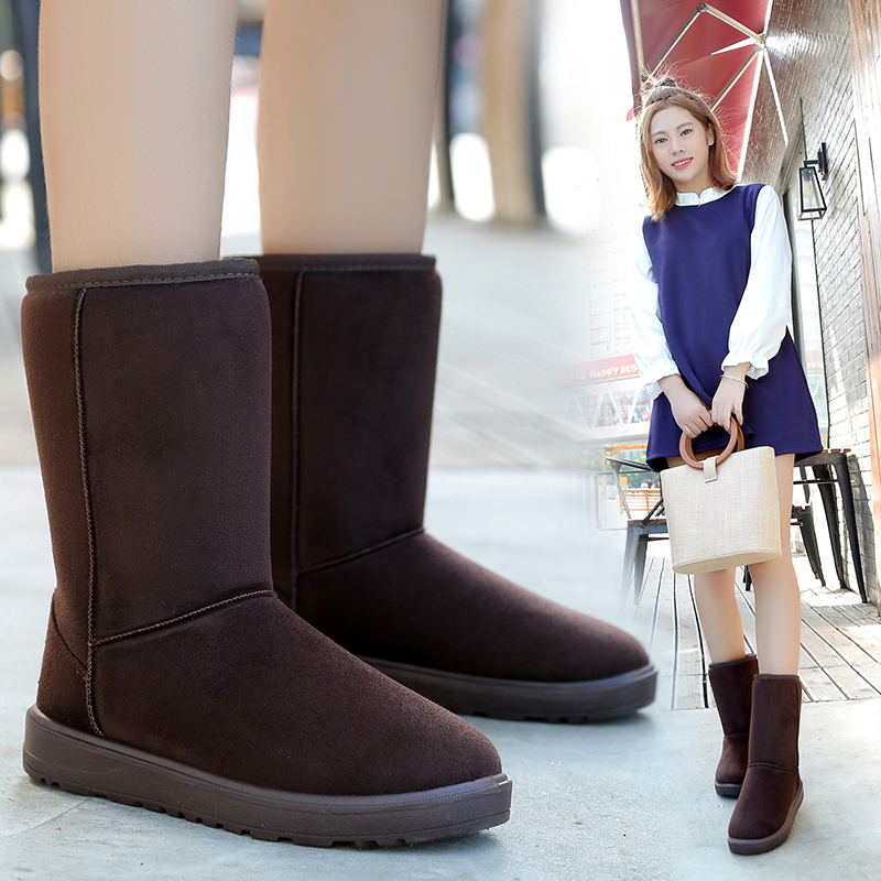 Lingxiuer winter womens snow boots middle tube cotton shoes female students flat heel anti slip thickened Plush warm shoes